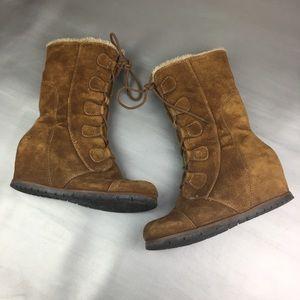 Bare Traps Brinda suede snow boot